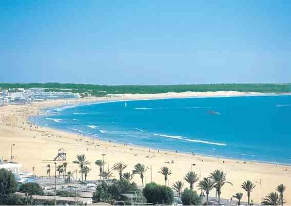 اغادير أجمل المدن الساحلية والسياحية بالمغرب